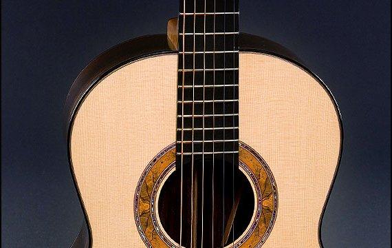 Greenfield Guitars | Bespoke Guitars, Custom made, Concert guitars Model G3, Lutz spruce, Brazilian rosewood, Greenfield Guitars proprietary spalted beech and paua rosette